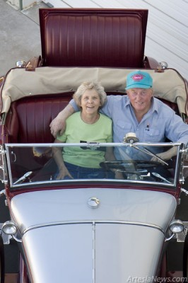 Frank Hammond has forgotten more about classic cars than most people will ever know. Pictured are Frank and his wife Dorothy. (Tyler Green photos)