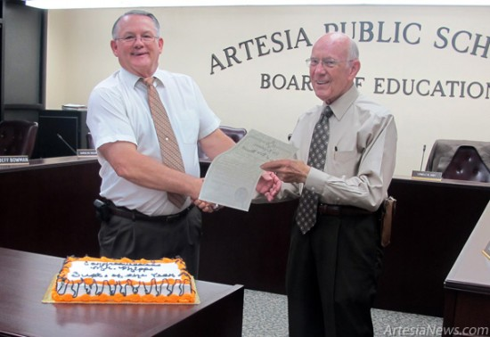 APS Superintendent Mike Phipps, left, with APS Board President Lowell Irby (Ashley Trujillo photo)