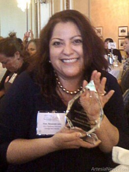 Eddy County Commissioner Roxanne Lara displays an award she received from Emerge America as one of nine Democratic women Trailblazers in national politics. (Courtesy Photo)