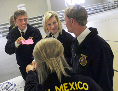 National FFA Central Region Vice President Abrah Meyer of Readlyn, Iowa, speaks to District 5 FFA officers this morning during a COLT workshop. (Teresa Lemon - Daily Press)
